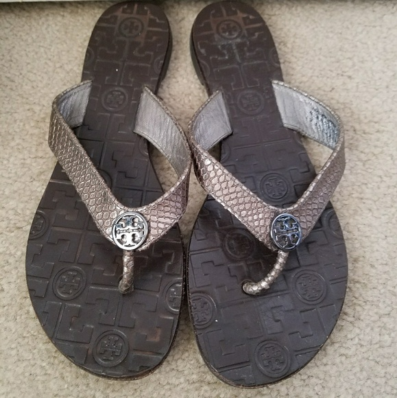 2bc584990a3b90 ... closeout tory burch pewter silver snakeskin sandals size 8 8025f 8697d